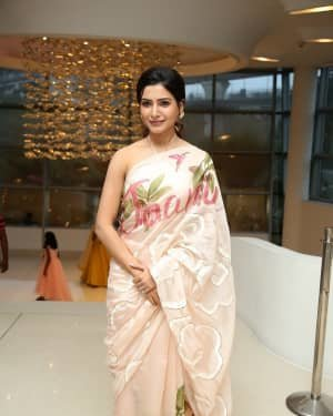 Samantha Akkineni At Jaanu Movie Thanks Meet Photos | Picture 1720675
