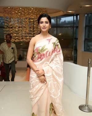 Samantha Akkineni At Jaanu Movie Thanks Meet Photos | Picture 1720677