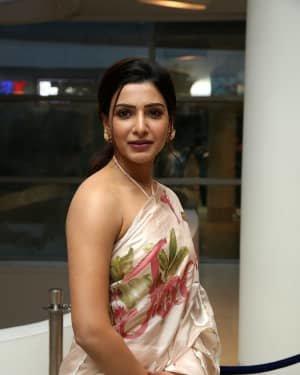 Samantha Akkineni At Jaanu Movie Thanks Meet Photos | Picture 1720672