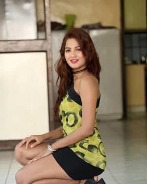 Sravani Nikki - Life Anubhavinchu Raja Movie Success Meet Photos | Picture 1721117