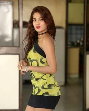 Sravani Nikki - Life Anubhavinchu Raja Movie Success Meet Photos | Picture 1721115
