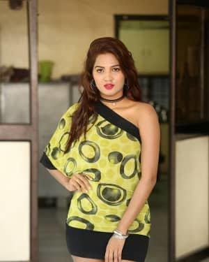 Sravani Nikki - Life Anubhavinchu Raja Movie Success Meet Photos | Picture 1721110