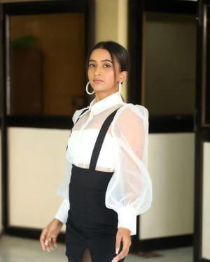 Shruti Shetty - Life Anubhavinchu Raja Movie Success Meet Photos | Picture 1721091