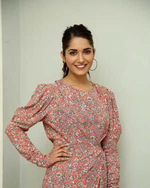 Ruhani Sharma - Hit Telugu Movie Trailer Launch Photos | Picture 1721876