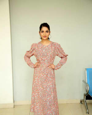 Ruhani Sharma - Hit Telugu Movie Trailer Launch Photos | Picture 1721857