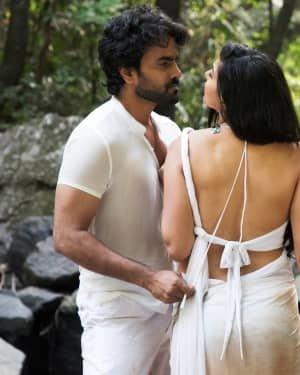 Poster Telugu Movie Hot Stills   Picture 1721447