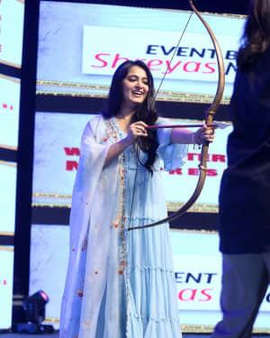 Anushka Shetty - Hit Telugu Movie Pre Release Event Photos | Picture 1722618