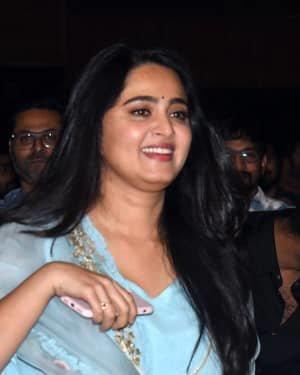 Anushka Shetty - Hit Telugu Movie Pre Release Event Photos | Picture 1722696
