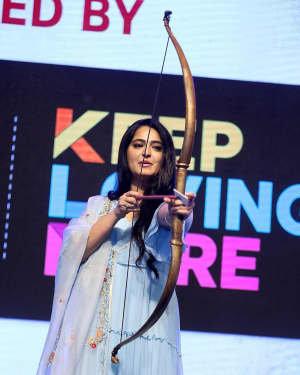 Anushka Shetty - Hit Telugu Movie Pre Release Event Photos | Picture 1722620