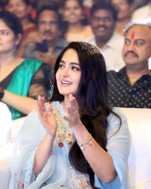 Anushka Shetty - Hit Telugu Movie Pre Release Event Photos | Picture 1722608