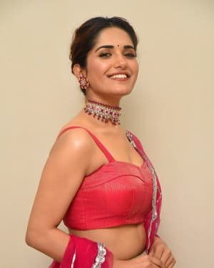 Ruhani Sharma - HIT Movie Pre-release Event At Vizag | Picture 1723306