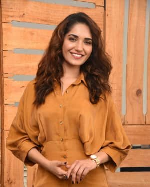 Ruhani Sharma - Hit Telugu Movie Pre Release Event Photos   Picture 1723585