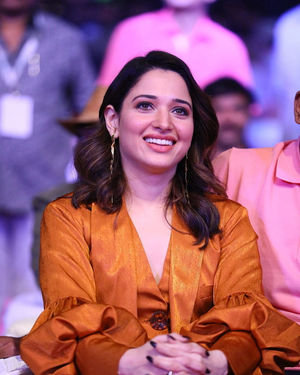 Tamanna Bhatia - Sarileru Neekevvaru Movie Pre Release Event Photos