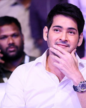 Mahesh Babu - Sarileru Neekevvaru Movie Pre Release Event Photos