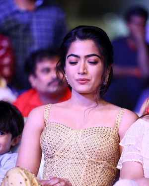 Rashmika Mandanna - Sarileru Neekevvaru Movie Pre Release Event Photos | Picture 1712703