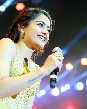 Rashmika Mandanna - Sarileru Neekevvaru Movie Pre Release Event Photos   Picture 1712643