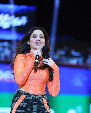 Tamanna Bhatia - Sarileru Neekevvaru Movie Pre Release Event Photos   Picture 1712696