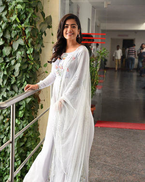 Rashmika Mandanna At Sarileru Neekevvaru Interview Photos | Picture 1712848