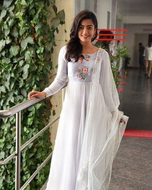 Rashmika Mandanna At Sarileru Neekevvaru Interview Photos | Picture 1712850