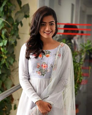 Rashmika Mandanna At Sarileru Neekevvaru Interview Photos | Picture 1712852