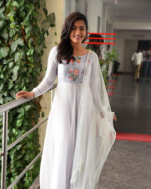Rashmika Mandanna At Sarileru Neekevvaru Interview Photos | Picture 1712849