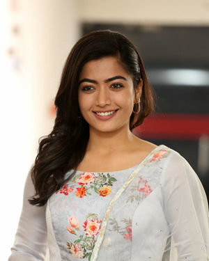 Rashmika Mandanna At Sarileru Neekevvaru Interview Photos | Picture 1712867