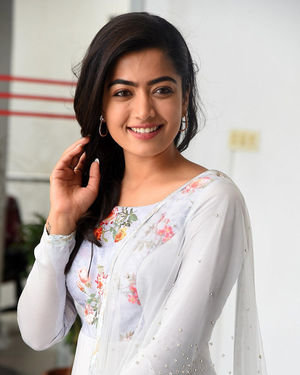 Rashmika Mandanna At Sarileru Neekevvaru Interview Photos | Picture 1712846