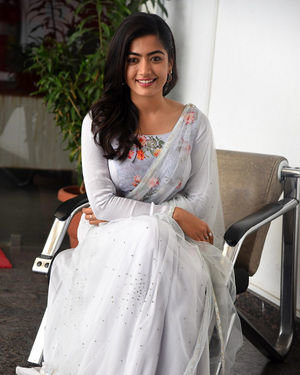 Rashmika Mandanna At Sarileru Neekevvaru Interview Photos | Picture 1712858