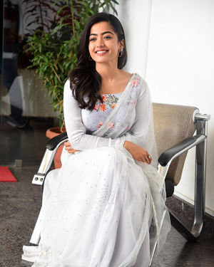 Rashmika Mandanna At Sarileru Neekevvaru Interview Photos | Picture 1712857