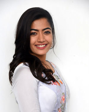 Rashmika Mandanna At Sarileru Neekevvaru Interview Photos | Picture 1712866