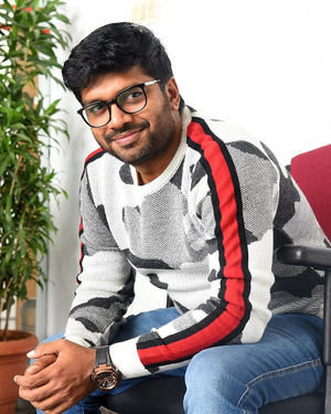 Anil Ravipudi - Sarileru Neekevvaru Movie Team Interview Photos | Picture 1713544
