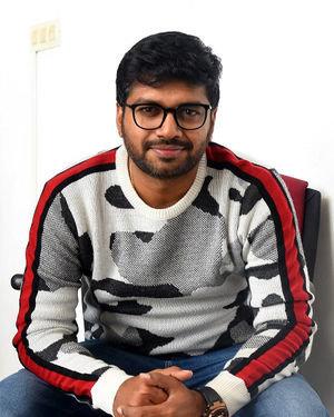 Anil Ravipudi - Sarileru Neekevvaru Movie Team Interview Photos | Picture 1713540