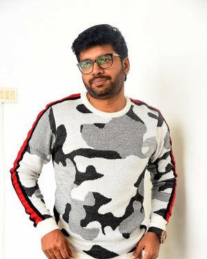 Anil Ravipudi - Sarileru Neekevvaru Movie Team Interview Photos | Picture 1713553