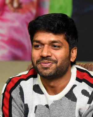 Anil Ravipudi - Sarileru Neekevvaru Movie Team Interview Photos | Picture 1713534