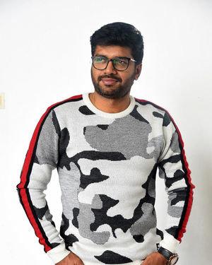 Anil Ravipudi - Sarileru Neekevvaru Movie Team Interview Photos | Picture 1713550