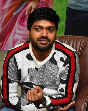 Anil Ravipudi - Sarileru Neekevvaru Movie Team Interview Photos   Picture 1713518