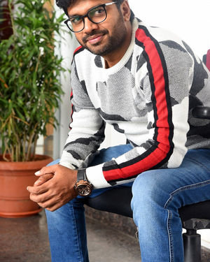Anil Ravipudi - Sarileru Neekevvaru Movie Team Interview Photos | Picture 1713543