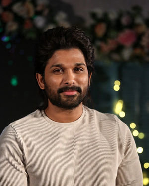 Allu Arjun At Ala Vaikunthapurramloo Movie Interview Photos | Picture 1714102