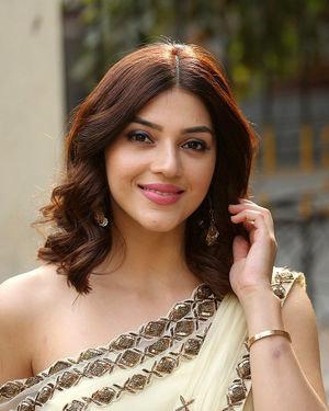 Mehreen Kaur At Entha Manchivaadavuraa Movie Interview Photos | Picture 1714031
