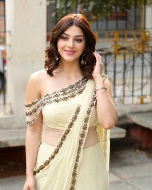 Mehreen Kaur At Entha Manchivaadavuraa Movie Interview Photos | Picture 1714037