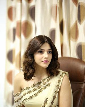Mehreen Kaur At Entha Manchivaadavuraa Movie Interview Photos | Picture 1714057