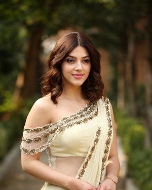 Mehreen Kaur At Entha Manchivaadavuraa Movie Interview Photos | Picture 1714020