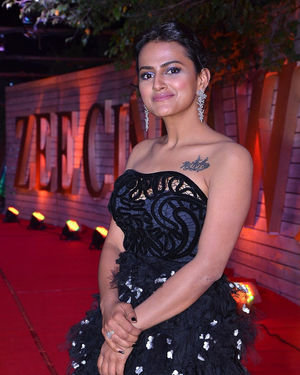Shraddha Srinath - Zee Telugu Awards 2020 Photos