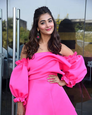 Pooja Hegde - Ala Vaikunthapurramuloo Movie Success Meet Photos | Picture 1714643