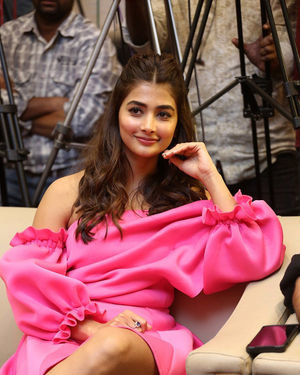 Pooja Hegde - Ala Vaikunthapurramuloo Movie Success Meet Photos | Picture 1714578