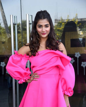 Pooja Hegde - Ala Vaikunthapurramuloo Movie Success Meet Photos | Picture 1714648