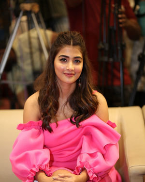 Pooja Hegde - Ala Vaikunthapurramuloo Movie Success Meet Photos | Picture 1714590