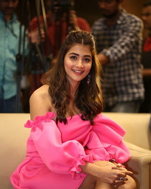 Pooja Hegde - Ala Vaikunthapurramuloo Movie Success Meet Photos | Picture 1714596