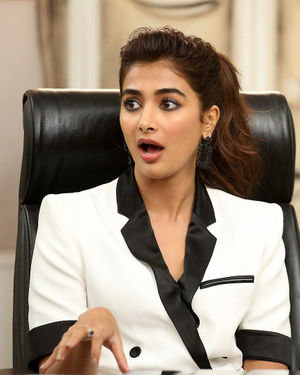 Pooja Hegde At Ala Vaikunthapurramuloo Movie Interview Photos | Picture 1714706