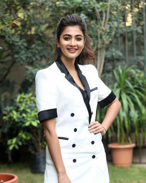 Pooja Hegde At Ala Vaikunthapurramuloo Movie Interview Photos | Picture 1714688